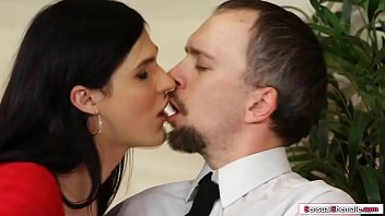 Gorgeous shemale barebacked by huge dick 6 min