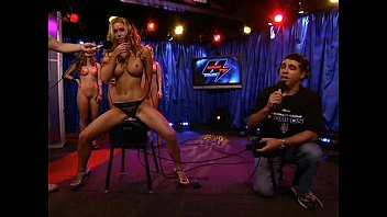 Boob contest howard stern - Heather vandeven bei howard stern sybian