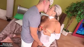 Hot Mature Milf is cheating with young lover 23 min