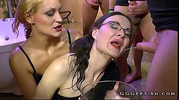 Girls gives blowjobs on horny big cocks
