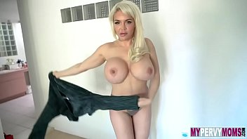 Anna Nicole West In Milf Fucks Stepson After A Breakup