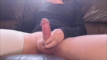 My solo 160 (Quick creamy cum from my cock on the couch)