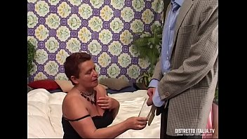 Old slut drinks piss and then gets fucked 19 min