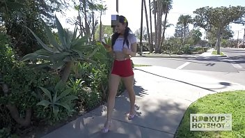 Cute Little Latina Meets Up With Guy Online 16 min
