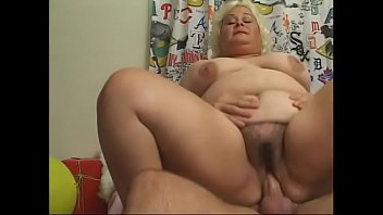 Fat mature lady with a juicy twat gets hardcore fucked with a big cock of the santa