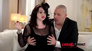 Busty widow Harmony Reigns can't get enough of that massive hard shaft GP553