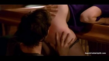 Mary-Louise Parker nude in Weeds - S0608