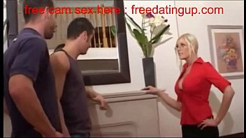freedatingup.com  british blonde and workmen 480p (new)