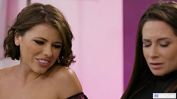 Gorgerous Chicks Adriana Chechik and Cassidy Klein find some