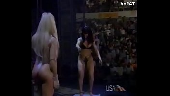 The Kat and Terri Runnels strip off their clothes.
