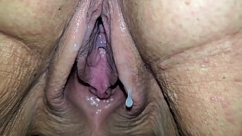 Closeup of wife dripping creampie from stranger