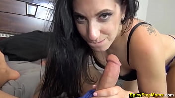 My slutty stepmothers pussy is on fire She needs cum