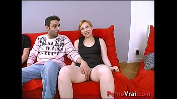 She fucks with a stranger in front of her husband !!! French amateur