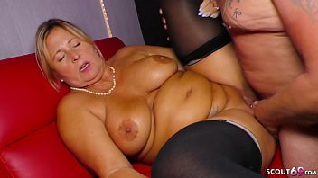 GERMAN BBW GRANNY SEDUCE y. STRIPPER TO FUCK HER