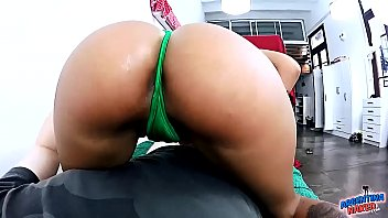 Huge BubbleBUTT Latina Giving an Oily HandJob and TittyFuck Gets Cum in Tits
