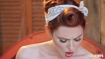 All Natural Redhead Babe Lacy Lennon Masturbates Intensely To Orgasm