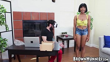 CoverVirtual ebony Jenna Foxx hammered after sucking big cock