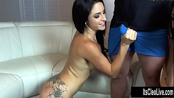 Sweet Young Webcam Babe Its Cleo Loves Sharing Cum With Girlfriends!