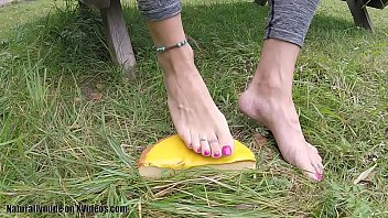 Feet crush cake on the lawn - sexy pink toe nails and sticky toes