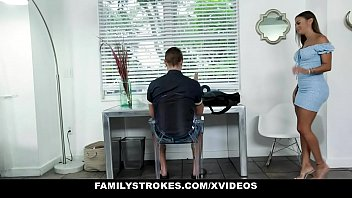 Family Strokes - Fucking Stepmom In Front Of Dad