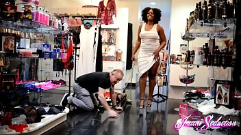 White Sub Trampled in Public by Goddess Imani