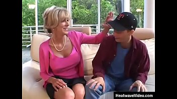 Lonely mature woman has young boy lover