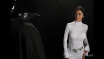 Arriany Calleste HOT Leia Cosplay Striptease