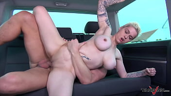 short haired boosty blondie is clothed less in the countryside she is taken in van for fuck and cum min - TRAltyaziliporno.tk Türk Pornosu