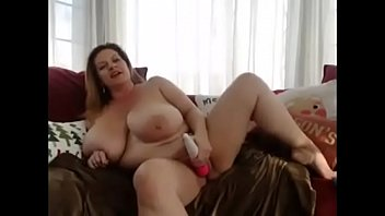 mature bbw play solo on cam