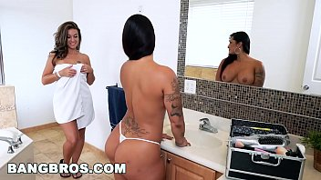 Spicy turkey breast fillet recipes Double spanking fun with spicy j, victoria banxxx and kiley jay