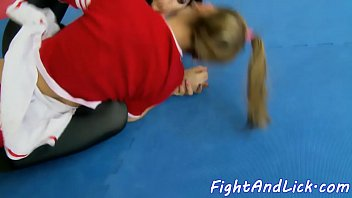 Wrestling spandex les pussylicked by teen