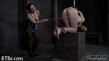 Painful clamping for beauty'_s whoppers