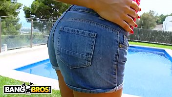BANGBROS - Behold Perfection In The Form Of Sensational Latin MILF Sensual Jane