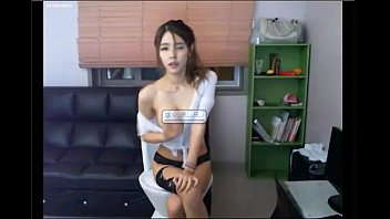 sexy Korean girl giving a hot show see more at eurocams.pev.pl and get free 20 tokens