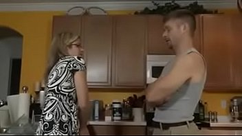 SON FUCKS STEPMOM IN THE Kitchen | usasearchnetworks.com