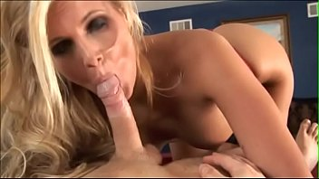 Stud cums in blond's mouth after getting his dick sucked