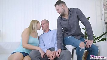 Nikki Dream and Jeffrey Lloyd are pleasing Max Born to forget!