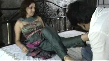 Indian whore in churidar foot worship