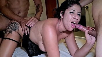 Brazilian slut was scared by the size of the cock but fucked with him and other friend anyway until get cum on her mouth 11 min