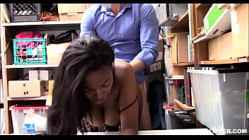 Young Thick Big Ass And Tits Black Ebony Daya Knight Caught Shoplifting