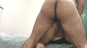 SHIT ! FIRST ANAL WITH MY FRIEND'S INDIAN MOM ! صورة