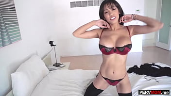 My big boobs latina MILF mom was disappointed in my dad