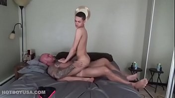 Diary of a gay dad Jason fucks julian haze bareback