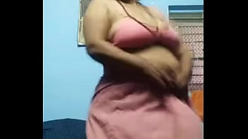 Mature lady showing body 2