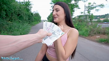 Public Agent Social Influencer Katy Rose Gets Fucked in the Woods