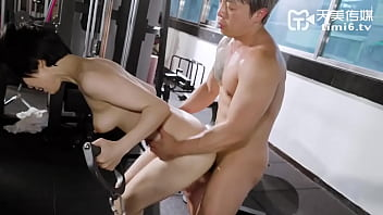 [Domestic] Tianmei Media Domestically produced original AV Chinese subtitles TM0086 Husband peeping at my cheating training with my fitness coach