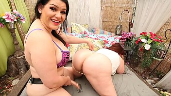 blooper Marcy Diamond trying to give camera man good view, a little hard lol