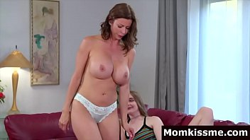 Big Tits Stepmom Sitting On The Daughter Face