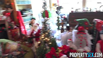 PropertySex - Real estate agency sends home buyer escort as gift thumbnail