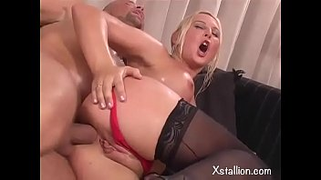 Double penetration of a single whore Vol. 11
